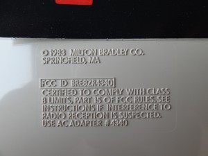 commercial MBX Unit The label contains the FCC ID BRE8ZR4340 while the FCC ID entry is empty on the pre production MBX Unit. Further the FCC ID entry is bordered here and there are two additional dots at the end of sentences which are missing on the pre-production MBX Unit.