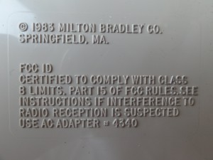 pre-production MBX Unit The label for the FCC ID entry is empty while the commercial MBX Unit contains the FCC ID BRE8ZR4340. Further the FCC ID entry is not bordered here and their are two dots missing at the end of sentences.