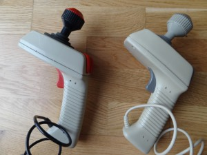 These two MBX joysticks came with the pre production MBX Unit. The left one seems to have been originally black/red like the ones used on the CES 1983 show. It seems that the black shell was replaced with a beige shell when the joystick resistor got repaired. You can see that the cable is still black, the buttons are red, and the stick is red/black. The right Joystick looks very close to the commercial MBX joysticks, but I even found two differences for that one. Both are therefore pre-production versions.
