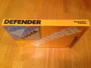 Defender™, Packaging Right Side Atarisoft RX 8506, TI-99/4A © 1983 Atari, Inc.