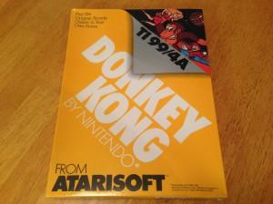 Donkey Kong, Packaging Front Atarisoft RX 8512, TI-99/4A © 1983 Atari, Inc.